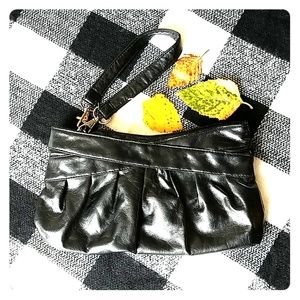Handbags - Black wristlet clutch purse